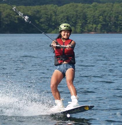 Teen-Summer-Camp-wakeboarding