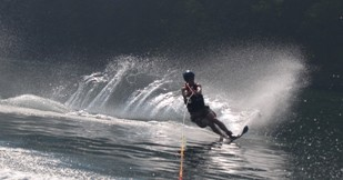 Wakeboarding-Summer-Camp-For-Teenagers
