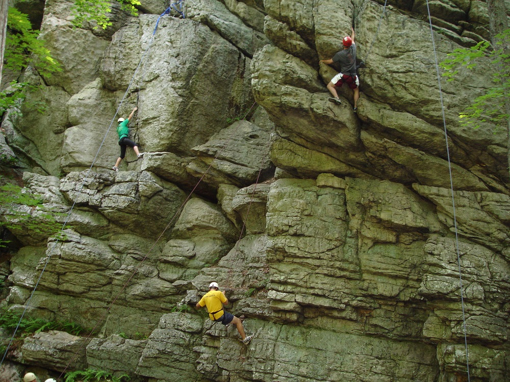 5-Benefits-of-rock-climbing