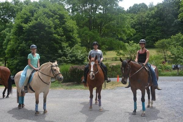 Horseback-Riding-Teen-Camp.jpg
