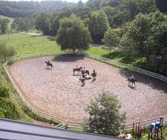 Horseback-riding-summer-camps-for-teenagers.jpg