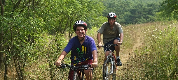 Mountain-Biking-Summer-Camps-for-Teenagers-1.jpg