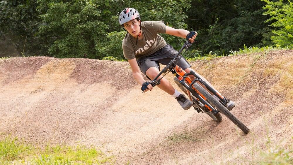 Mountain-biking-summer-camp-for-teens-2
