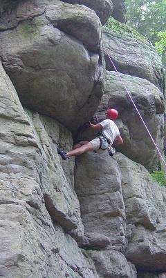 Rock-climbing-camps-for-teens.jpg