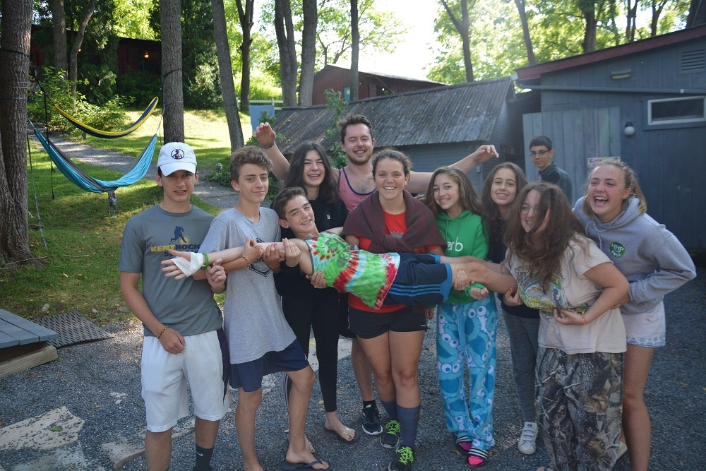 Summer-Camps-For-Teenagers-2.jpg