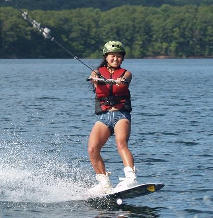 Teen-Summer-Camp-wakeboarding-1