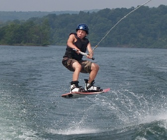 Wakeboading-Summer-Camps-For-Teens.jpg