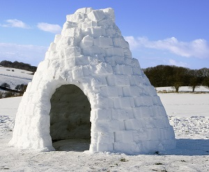 summer-camp-for-teenagers-snow-fort.jpg