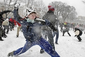 teen-camp-snowball-fight.jpg