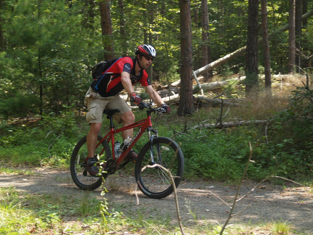mountain-biking-overnight-summer-camp