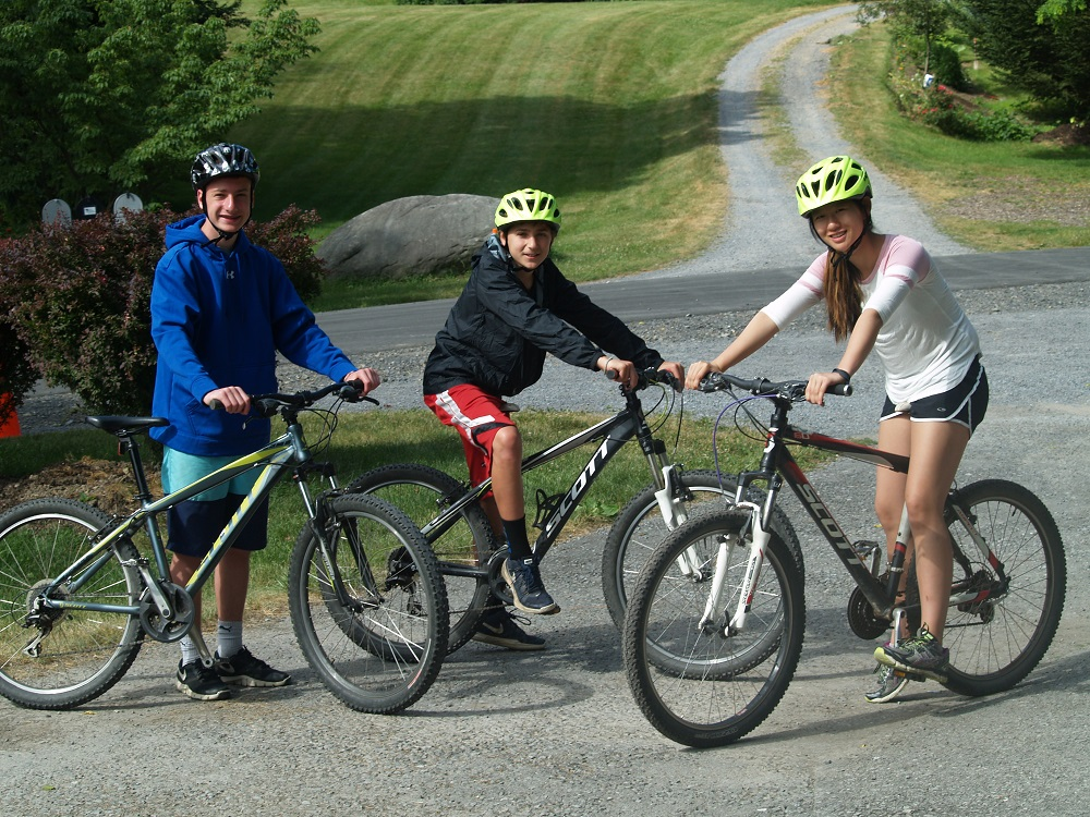 mountain-biking-summer-camps-for-teenagers-1